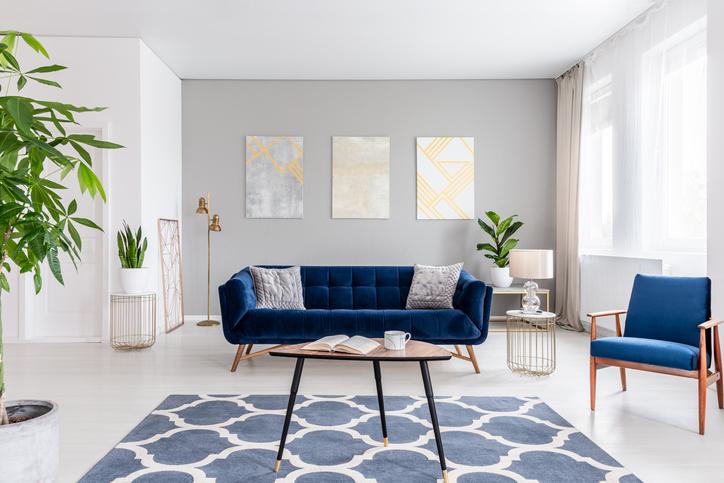 Grey & White Living Room Walls